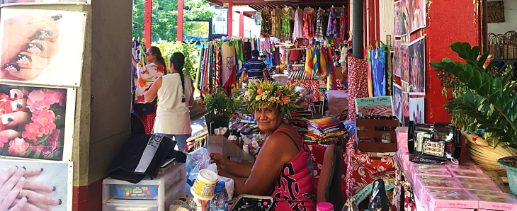 vendor at tahiti market