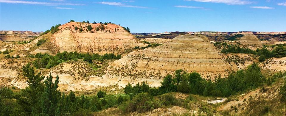 painted canyon overlook north dakota