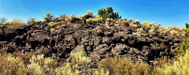 half acre lava field trail in idaho